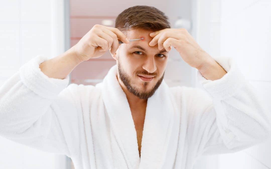 Pickel auf der Kopfhaut nach Haartransplantation